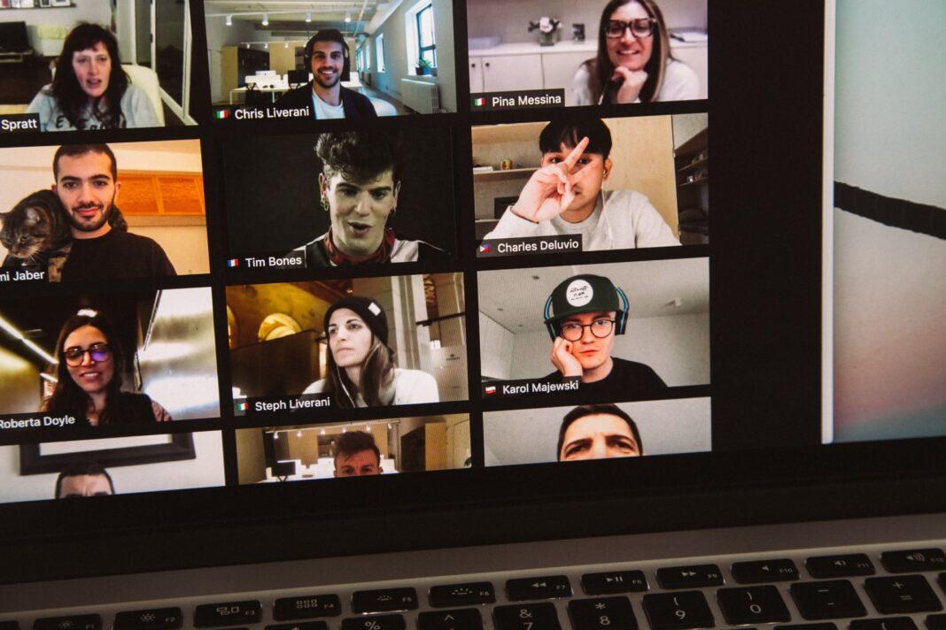 Cara Mengatur Jadwal Meeting di Aplikasi Zoom