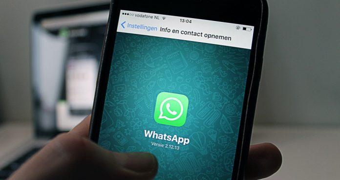 Cara Melakukan Video Call WhatsApp dengan 8 Orang
