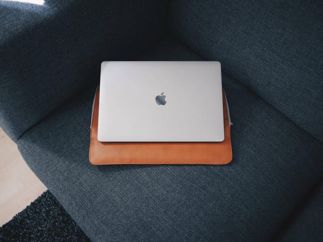 Cara Agar Laptop Tetap Menyala Saat Layar Tertutup