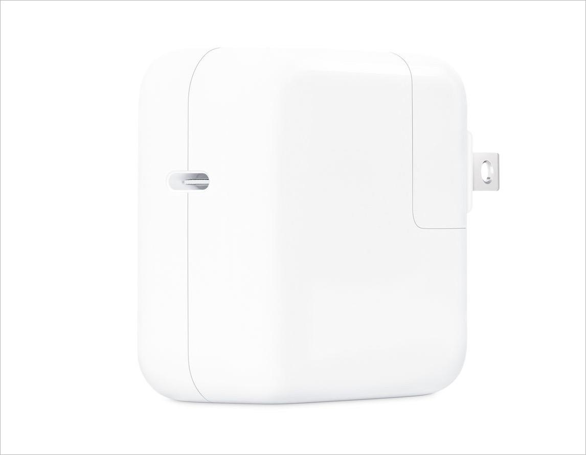 5. Cara Charge iPhone 13 13 Pro dan 13 Pro